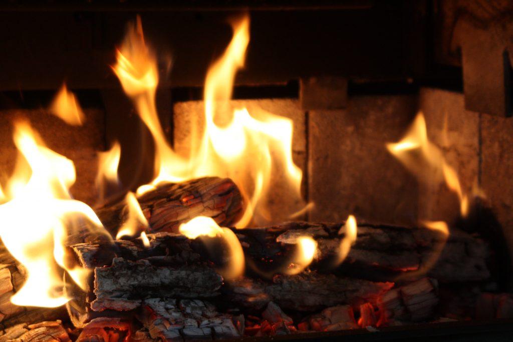 Fuego hogar